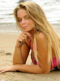 Chicas en De Mar / La Ametlla De Mar
