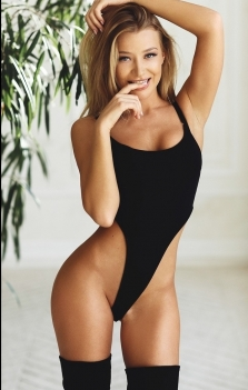 Adult Escort in Longavi